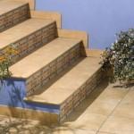 Керамика в отделке лестниц